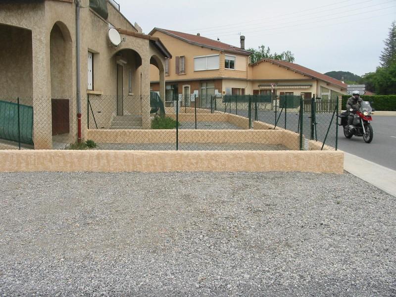 Clotures et barrieres dc paysagiste cr ation arrosage for Cloture sur mur